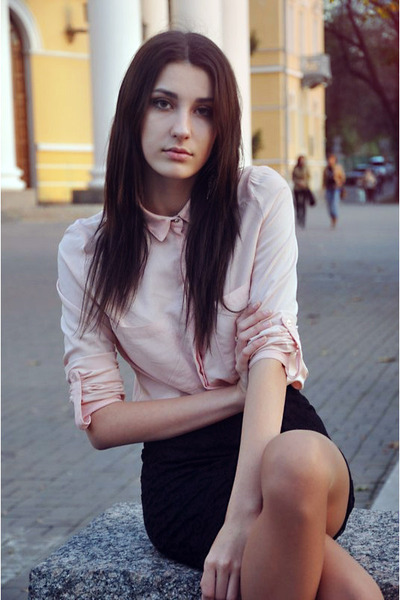 light pink Bershka blouse - black pull&bear skirt