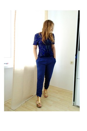 blue embellished Elie Saab top - blue silk Zara pants