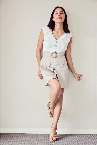 bronze Siren heels - beige TFNC dress