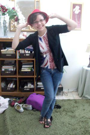 blue jeans - black shoes - white shirt - black blazer - black glasses - red hat