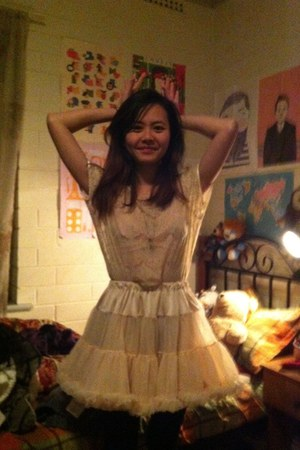 beige lacey American Apparel top - light pink American Apparel skirt