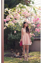 hot pink round chained Keoxy bag - light pink babydoll cecil mcbee dress