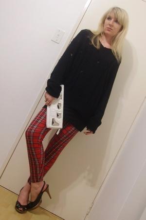 t-shirt - vintage leggings - MRP shoes - random boutique