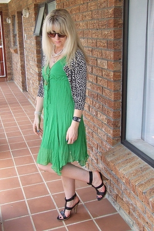 beige leopard print - foschini sweater - green summer dress- foschini dress - bl