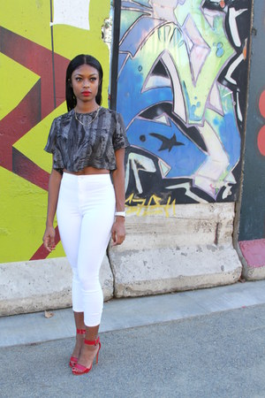 white Topshop jeans - black satin Urban Outfitters top - red Forever 21 heels