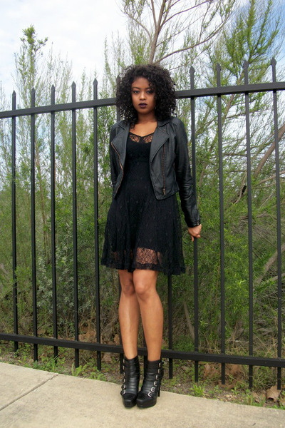 black leather stuart weitzman boots - black mesh Urban Outfitters dress