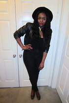 black jeans - black hat - black jacket