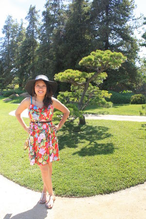 red LOVE STORY dress - black Forever21 hat - black Forever21 belt - gold America