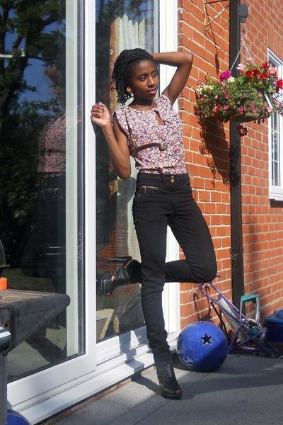 purple Topshop dress - black H&M jeans - black Ebay shoes - gold asos necklace -