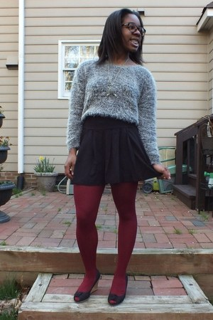 charcoal gray winter H&M sweater - black Target shorts
