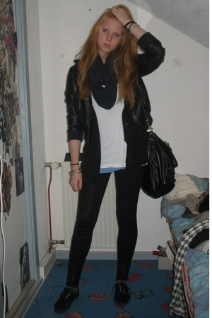 Primark jacket - American Apparel scarf - American Apparel t-shirt - Aldo access