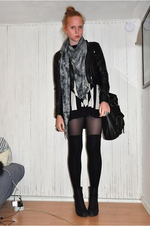 black H&M dress - black H&M jacket - gray TREND scarf - black Topshop bag - blac