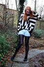 Black-vagabond-boots-black-h-m-tights-blue-zara-shorts-black-h-m-trend-blo