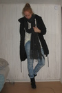 Black-din-sko-boots-blue-bikbok-jeans-white-h-m-divided-top-gray-h-m-scarf