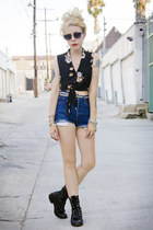 black vintage boots - black deepoca shirt - navy cut-off vintage shorts