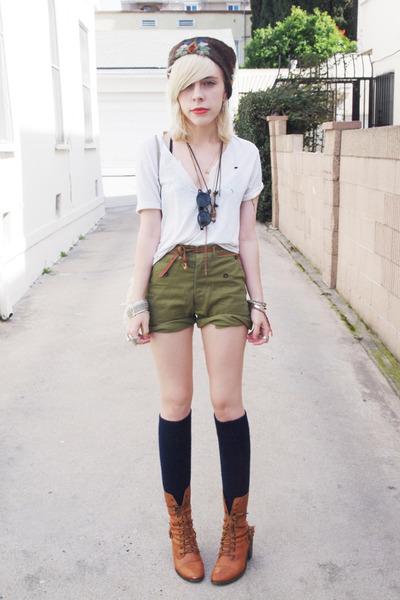 Dark Brown Vintage Hats Olive Green Vintage Shorts White Ripped