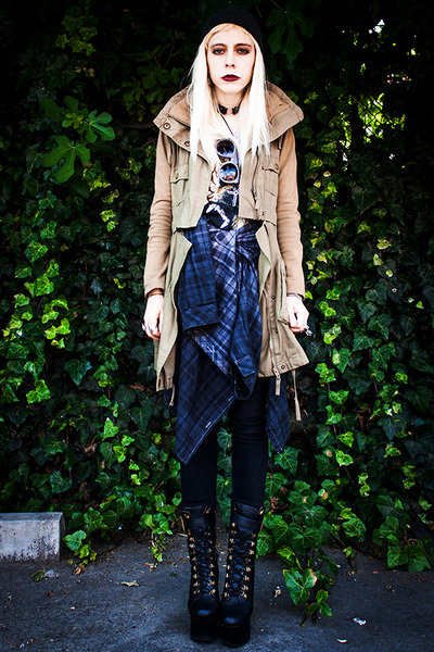 olive green Lamb X Flag jacket - black Wildfox x Jeffrey Campbell shoes