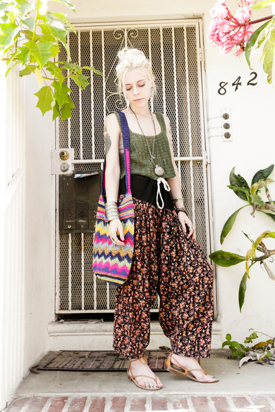 black floral vintage pants - hot pink STELA 9 purse
