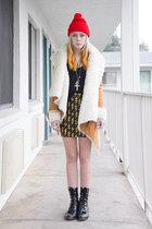 black Lovelysally skirt - camel UNIF jacket