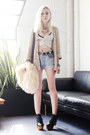 Light-blue-gigi-vintage-shorts-silver-vanessa-mooney-necklace
