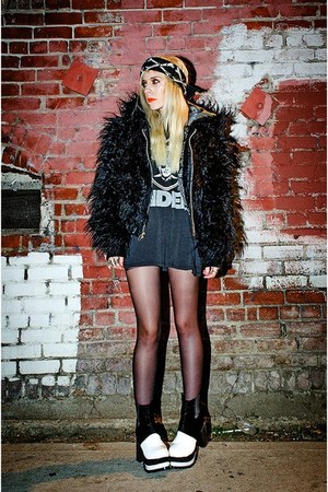 black faux fur lip service jacket - black platform Mart of China boots