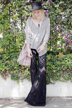 heather gray Forever 21 sweater - black lace bellbottom free people pants - blac