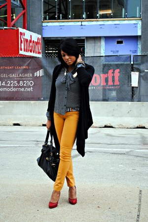 mustard Tinseltown jeans - white polka dots victor alfaro blouse