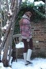 Jack-wills-sweater-crimson-topshop-leggings-ivory-burberry-boots-dorothy-p