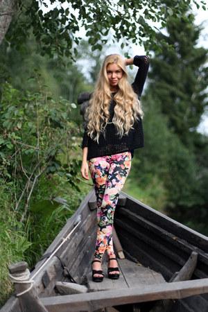 black Topshop jumper - hot pink floral print H&M leggings