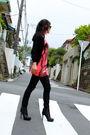 Orange-spiral-girl-top-black-kill-city-pants-black-christian-louboutin-nitoi
