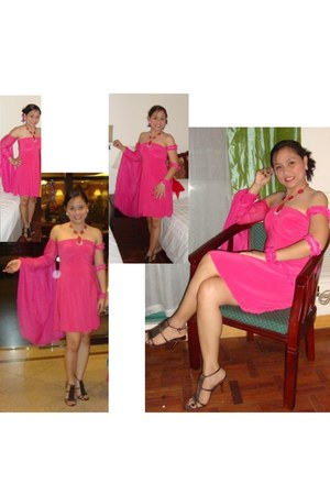 hot pink dress - Gibi heels