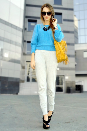 teal sweater - mustard fringed Mimi Boutique bag