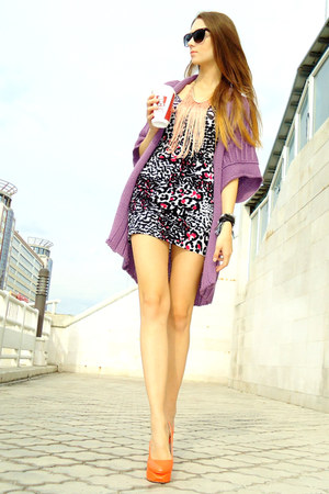 hot pink material girl dress - amethyst kimono cardigan - orange Senso wedges