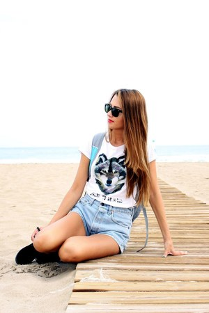 Snap tee t-shirt - Levis shorts