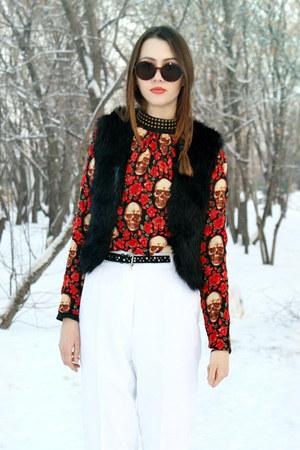 skulls  roses 2am Styles blouse