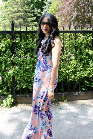 Yumi Kim dress - Marc by Marc Jacobs sunglasses - banana republic sandals