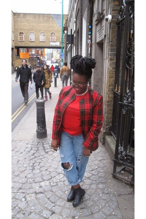 red tartan vintage blazer - black Shoe Zone boots - blue ripped boyf Levis jeans