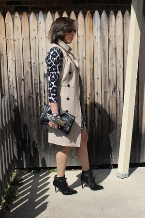 ALTUZARRA boots - H&M dress - ann taylor jacket - Aldo bag