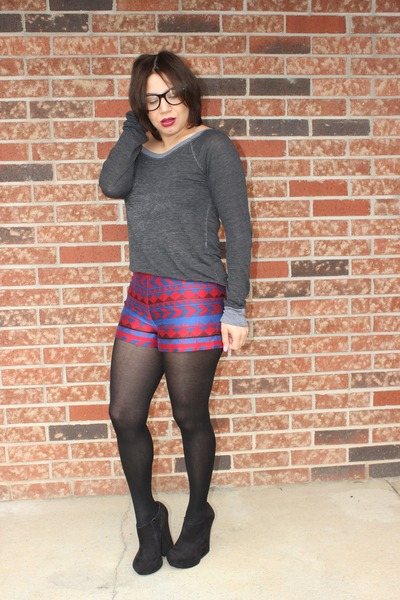 Billabong sweater - asos shoes - Forever 21 shorts - Hot Topic glasses