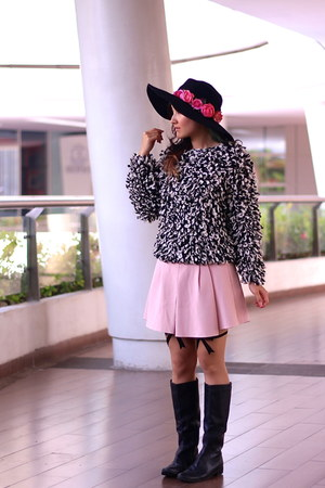 black flanel H&M hat - Marc by Marc Jacobs boots - pink skirt Zara skirt