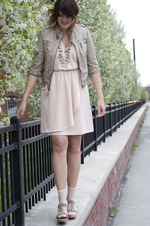 beige Zara jacket - beige wedges Mia shoes - pink H&M dress