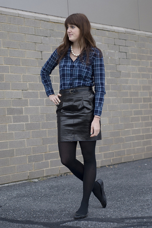 black leather Express skirt - blue plaid banana republic blouse