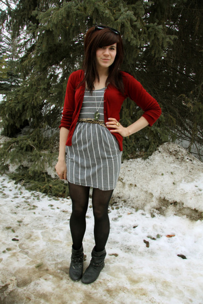 heather gray dress - ruby red cardigan