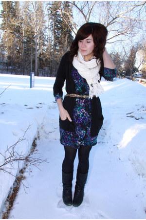 deep purple dress - cream scarf - black cardigan