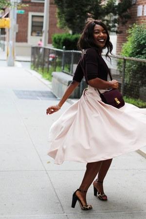 light pink pleated mini H&M skirt - maroon box Celine bag