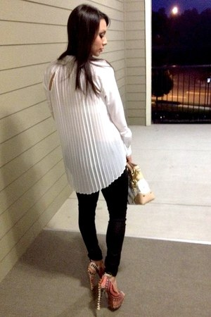 white Bebe top - black Guess jeans - cream Louis Vuitton bag