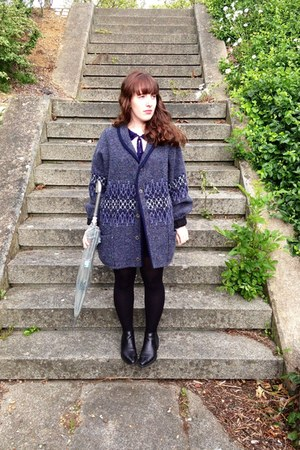 blue cardigan - black boots - ivory Lulu Guinness accessories - Primark top