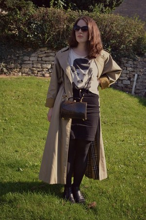 beige Burberry coat - black second-hand boots - dark brown charity shop bag