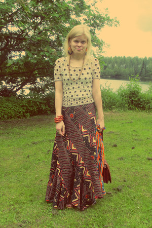 black cotton vintage skirt - carrot orange denim vintage jacket