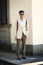 crimson Castellani shoes - camel thrifted blazer - white korean neck Zara shirt